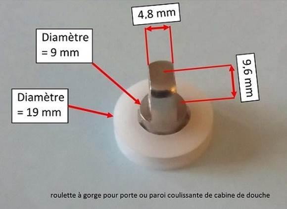 roulette de douche sur roulement à bille avec uneaxe percé pour le passage d'une vis de fixation sur la porte de douche