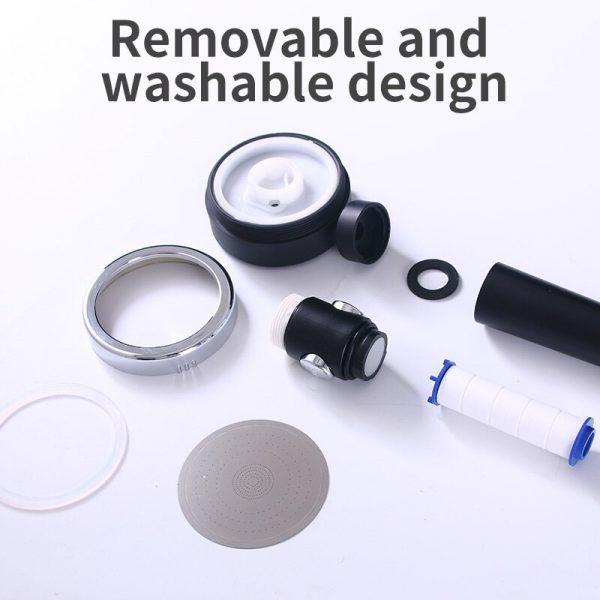 Appareil fixé à l'extrémité d'un flexible d'alimentation en eau, percé de petits trous, qui distribue l'eau en pluie