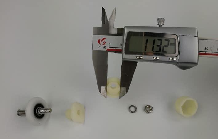 Rouleaux de porte de douche en plastique simple, 4 pièces-8 pièces/ensemble, diamètre 22mm,23mm,25mm,27mm avec arbre excentrique et couleur blanche